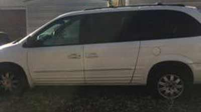 2004 Chrysler Town and Country Touring Sold to Junk Car Medics for $265